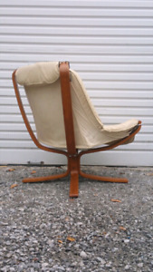 Mid Century Modern Sling Lounge Chair