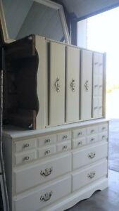 2 Matching White Dressers and Mirror