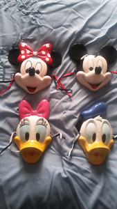 Disney collectibles set of 4 wall plaques