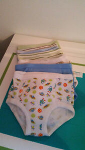 7 toddler underwear $10