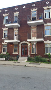 Plateau:  2 Bedroom Apartment - Available May 1st