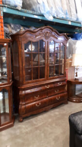 An excellent copy of an Antique Style Hutch and Cabinet (149)