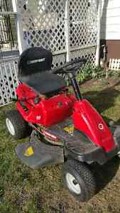 Riding mower new condition