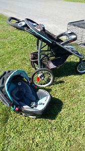 Graco 3 wheel stroller with car seat