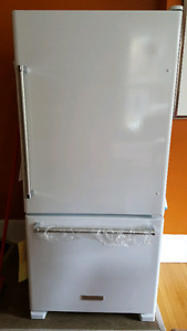 Kitchenaid Bottom Mount 18.7 cubic foot Fridge. 2 Months Old!