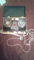 ANTIQUE 4TR TAPE RECORDER A 4411