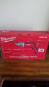 Brand New MILWAUKEE 6852-20 Metal Shear