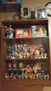 Tons of M&M Collectables!!!