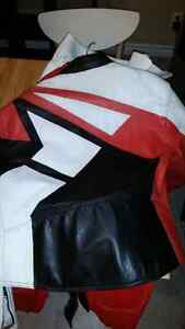 Two piece leather suit Stratford Kitchener Area image 2