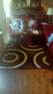 Coffee tables, end table, lamps & rug