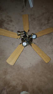 Ceiling fan for price reduced to 50$