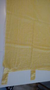 Rideau en coton rayé jaune et blanc