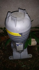 Pool tank with purifier for vinyl pools