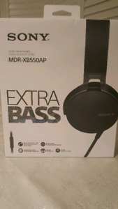 Sony Wired Headphones MDR-XB550AP