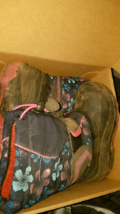 Snowbank 2 kamik girl magenta navy 10 winter boots