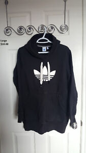 Adidas Hoodie size large, excellent condition