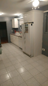 2 rooms for rent PICKERING SHARED KITCHEN AND BATH.