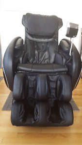 IKNEADU ZERO GRAVITY MASSAGE CHAIR