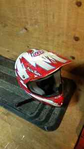 Troy lee design helmet Sarnia Sarnia Area image 3