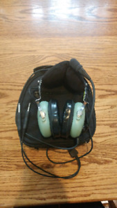 David clark 10-13.4 headset and accessories
