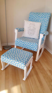 comfortable rocking chair in refreshing floral print