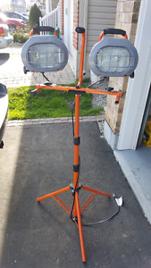 Work light 2x500 W With new bolbs