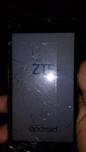 Cracked ZTE Z850