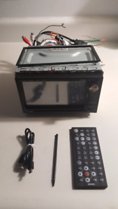 Radio auto DVD-USB AM/FM camera back up MP3