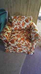 Couch and Chair Cambridge Kitchener Area image 2
