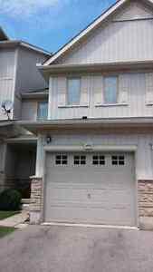 Room for rent. $400 + utilities  Kitchener / Waterloo Kitchener Area image 1