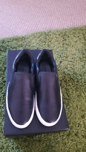 Brand New Size 6 Leather Flats