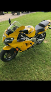 2002 Kawasaki motorcycle