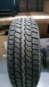 Winter 265/70r17 new
