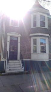 SOUTH END Halifax - 2 bedroom available August 1st