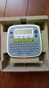 Brother P-Touch D200 Label Maker