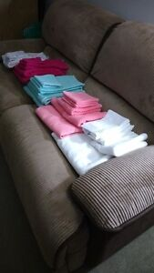 BATHROOM TOWEL SETS_5 SETS TOTAL_ALL NEW NEVER USED