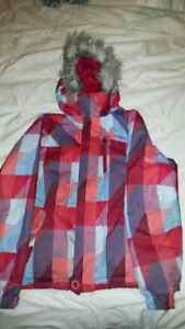 Manteau de marque O'Neil pour fille de grandeur 10 ans. Je poste