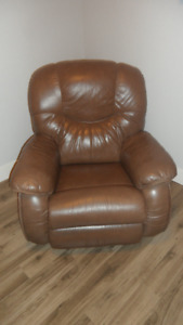 Lazy Boy Leather Recliner Top of the Line