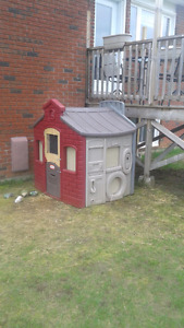 Chicken Coop & Chickens