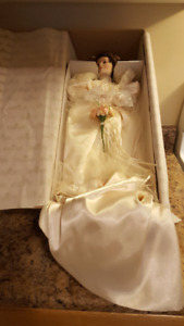"Ashton-Drake ""Elizabeth's 1900's Wedding Dress"" Porcelain Doll"