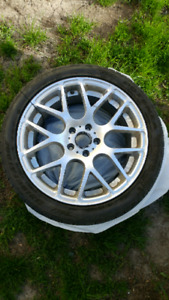 4 mags 18x8 245/40r18