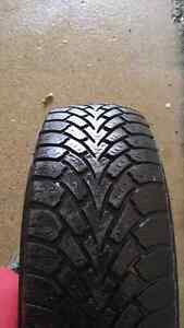 Set of 205/55/R16 Goodyear snow tires on rims Cambridge Kitchener Area image 5