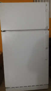 Refrigerateur/Fridge  - Blanc, General Electric