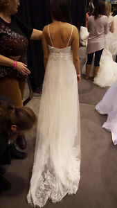 Never Worn! Beautiful Wedding Dress by Alfred Angelo