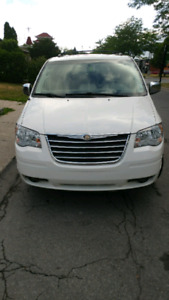 2008 Chrysler Town & country wheelchair accessible