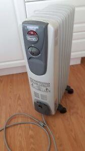DeLonghi oil-filled radiator