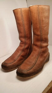 PAJAR - botte chaude - women size 10 ( NEW - NEVER USED )