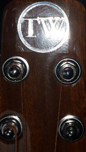 Twisted woods bs-001 guitar