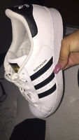 Soulier addidas white & gold ( blanc et or)