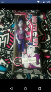 Bnib SLO mo boy monster high doll $20 firm